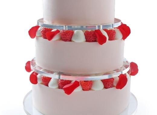 Svatební dort patrový - 1 porce od 100 Kč